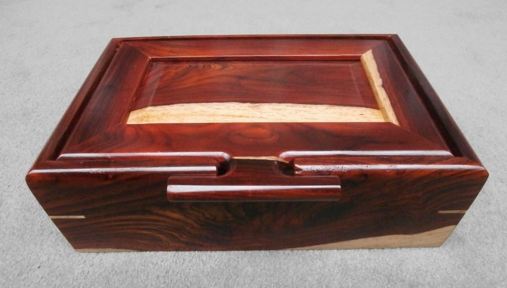 Large jewelry box with removable tray